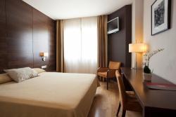 Hotel FC Villalba, Carretera de Navacerrada, Km 1,375, 28400, Collado-Villalba