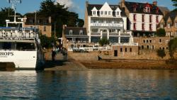 Hôtel BelleVue, Le Port Clos, 22870, Bréhat