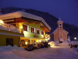 Hotel Oberwirt - Das herzliche Hotel, Kirchplatz 32, 5752, Viehhofen