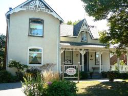 Gables Bed & Breakfast, 207 Point Street, L0M 1S0, Stayner