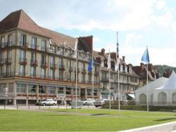 Normotel - Restaurant La Marine, 18 Quai Guilbaud, 76490, Caudebec-en-Caux
