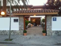 Hotel Montecristo, Calvo Sotelo, 2, 39770, Laredo