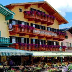 Gasthof Weißes Rössl, Markt 28, 5441, Abtenau