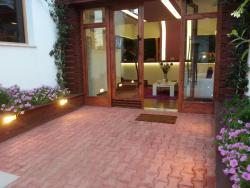 Hotel Patricia, Street Fortuzi, Vila Nr. 35, 1111, Tirana
