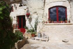 Les Chambres d'Hôtes Troglo du Rossignolet, 21 rue du Rossignolet, 37600, Loches