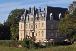 Château des Faugs, Route de Chabret, 07440, Boffres