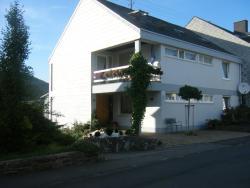 Ferienwohnung M. Lemmermeyer, Konstantinstrasse 36, 54347, Neumagen-Dhron