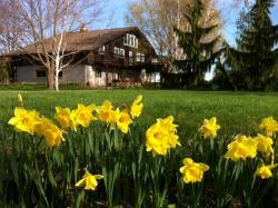 Chalet Bed and Breakfast, Niagara-on-the-Lake, 982 Line 6 Road, L0S 1J0, Queenston