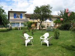 Chambres d'Hôtes La Maison Bleue, Lamoute, 47350, Peyrière