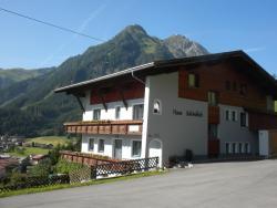 Haus Schönblick, Bichl 82a, 6653, Bach