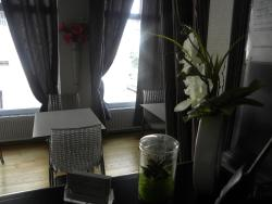 Hôtel Le Cambronne, 11 Rue Fourcroy, 44000, Nantes