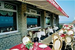 Logis Hotel Du Casino, Boulevard De Cauvigny, 14710, Vierville-sur-Mer