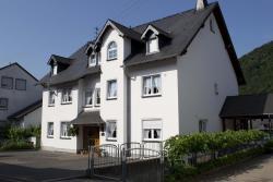 Gästehaus Dernst, Wiesenweg 13/13A, 56820, Mesenich