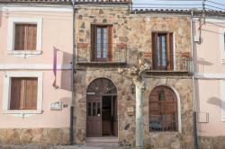 La Casa del Maestro, Avda. Ramón y Cajal, 21, 42294, Tardelcuende