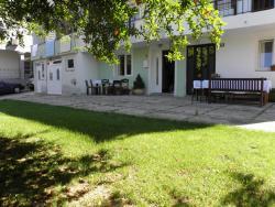 Hostel Nina Mostar, Čelebića 18, 88104, Mostar