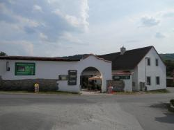 Restaurace a penzion U Lva, Srbsko 29, 26718, Karlštejn