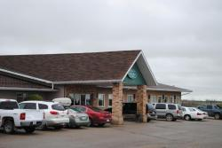 Moosomin Country Squire Inn, 408 Ellice Street, S0G 3N0, Moosomin