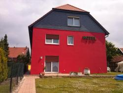 Landhotel Hamburger Hof, Landwehr 43, 31185, Nettlingen