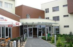 Hotel Domino, ul.Opolska 54, 49-100, Niemodlin