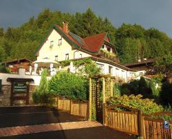 Haus Sonnwinkl, Schafbergstraße 34, 5340, Sankt Gilgen