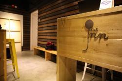 Just As Inn, Room A & B, 8/F, Harilela Mansion, 81 Nathan Road,, Hongkong