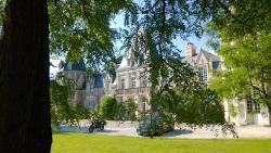 Chambres d'Hôtes Château du Bois de La Noe, 8 Allée de la Roseraie, 44830, Bouaye