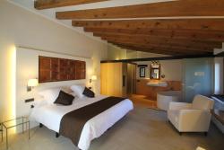 Hotel Can Cuch, Can Cuch de Muntanya, 35, Codi districte 1001, 08445, Cánoves