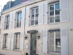 Hotel La Closeraie, 14 rue Porte Berry, 45600, Sully-sur-Loire