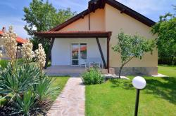 Sunny Hills Villas, Ulitsa Treta str., 8113, Bryastovets