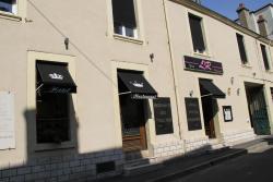 Les 3 Rois, 3 Rue Pierre Brossolette, 36100, Issoudun