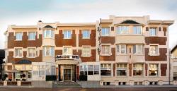 Ambassador Hotel, Duinkerkelaan 43, 8660, De Panne