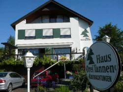 Haus Drei Tannen, Blombergerstraße 2, 32816, Siekholz
