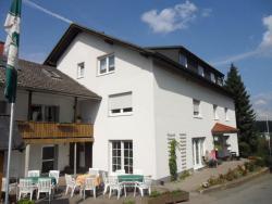 Pension & Café Haus Dewenter, Zur Altenauquelle 30, 33165, Lichtenau