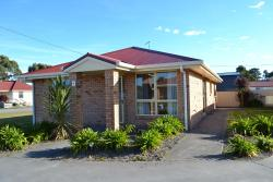 All Inn Strahan Holiday Units, 22 Meredith Street, 7468, Strahan