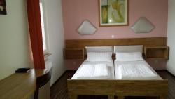 Hotel La Terrazza, Waldgirmeserstr. 38, 35584, Wetzlar