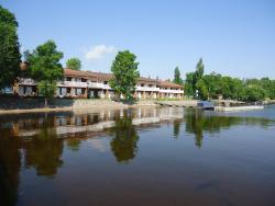 La Place Rendez-Vous Hotel, 1201 Idylwild Drive, P9A 3M3, Fort Frances