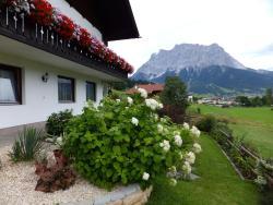Haus Sonnenwinkel, Zugspitzweg 5, 6631, Lermoos