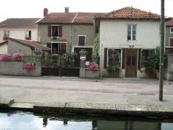 Chez Monique, 17 rue Pasteur, 52270, Doulaincourt