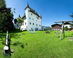 Saalhof Castle, Saalhofstr. 26, 5751, Maishofen