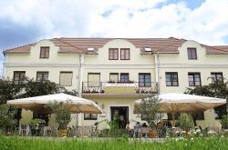 Eisenbock's Strasser Hof, Marktplatz 30, 3491, Штрасс