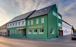 Hotel Zur Post, Apetlonerstraße 2, 7142, Illmitz