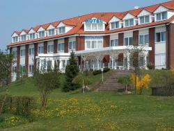 Hotel Trebeltal, Klänhammer Weg 3, 17109, Demmin