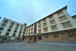 Chuan Zhu Hao Ya Hotel, Road Ni Ma, Chuang Zhu Si Town, Song Pan County, Si Chuang Province , 623300, Songpan