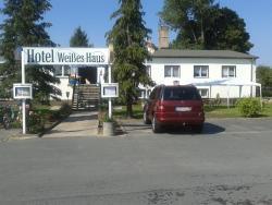 Hotel Weißes Haus, Schönbergerstrasse 1/ Schönberger Weg 1, 16835, Herzberg
