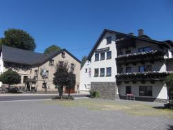 Hotel Restaurant Eifelstube, Bahnhofstraße 4, 56745, Weibern