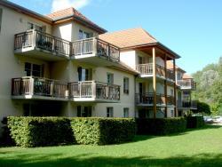 Residence de tourisme Les Allées du Green, Route de Combertault, 21200, Levernois
