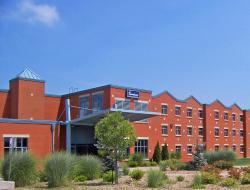 Residence & Conference Centre - Welland, 110 Niagara College Boulevard, L3C 7L4, Welland