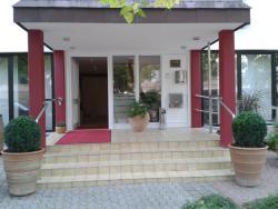 Haumann´s Hotel am Park, Kurhausstrasse 9, 55583, Bad Münster am Stein-Ebernburg