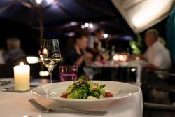 Zeller-Hotel+Restaurant, Aschaffenburger Straße 2, 63796, Kahl am Main