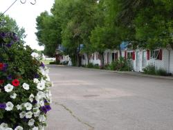 Bluebird Motel, 5505 1st Street, T0L 0T0, Claresholm